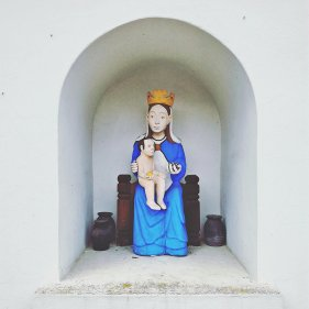 Wiosenna kapliczka w Białostockim Muzeum Wsi